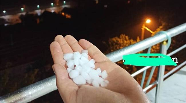 Çatalzeytin'de dolu yağışı