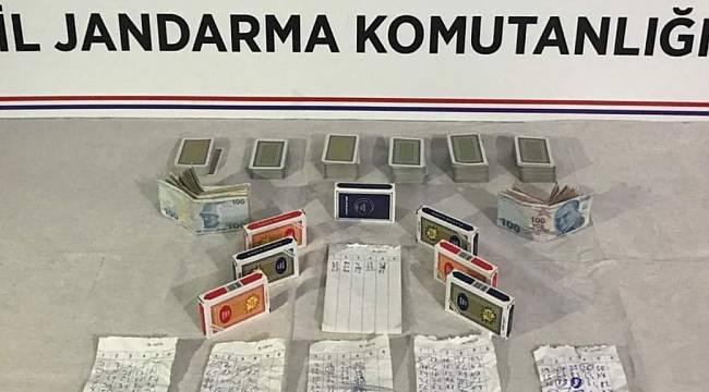 Çatalzeytin'de kumar oynayan 5 kişiye 23 bin 930 lira ceza