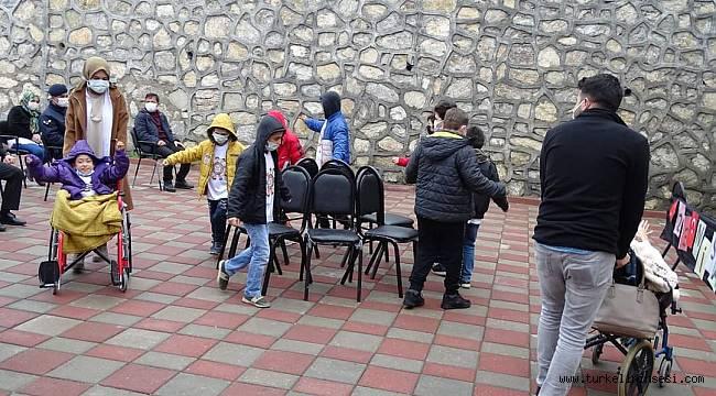 Çatalzeytin Rehabilitasyon Merkezi öğrencileri 23 Nisan etkinliği yaptı