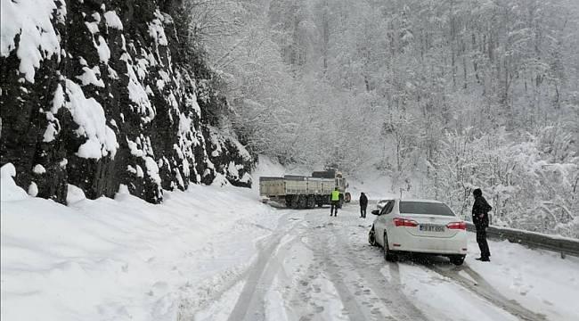 Yüksek kesimlerde kar yağışı etkili oluyor