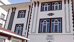 Çatalzeytin Merkez Camii onarılıyor