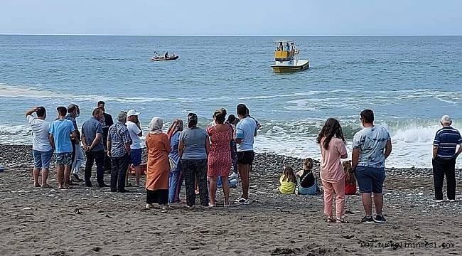 Abana'da 18 yaşındaki genç denizde kayboldu
