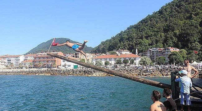Ayancık'ta 1 Temmuz Denizcilik ve Kabotaj Bayramı kutlandı