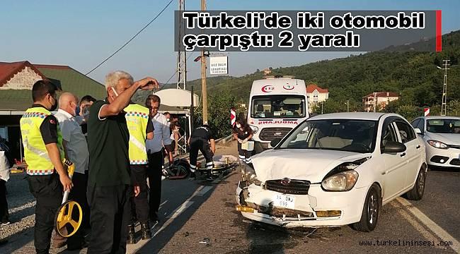 Türkeli'de iki otomobil çarpıştı: 2 yaralı